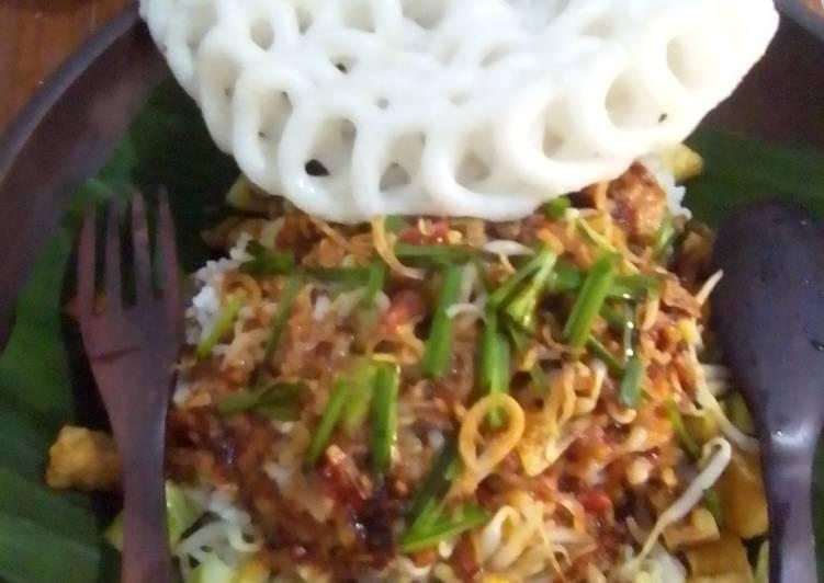 Cara mengolah Nasi lengko cirebon ala ala saya,,,mudah cepat dan hemat istimewa