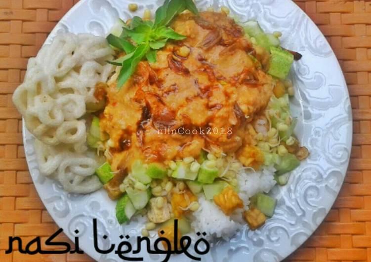 13. Nasi Lengko khas cirebon