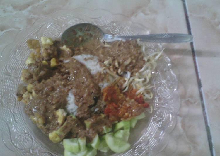 Resep: Nasi Lengko khas Cirebon ala kadarnya