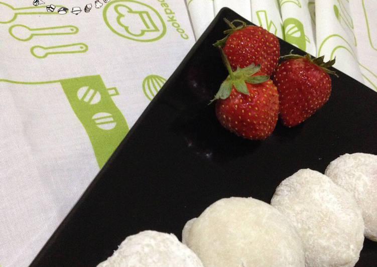 Strawberry Mochi