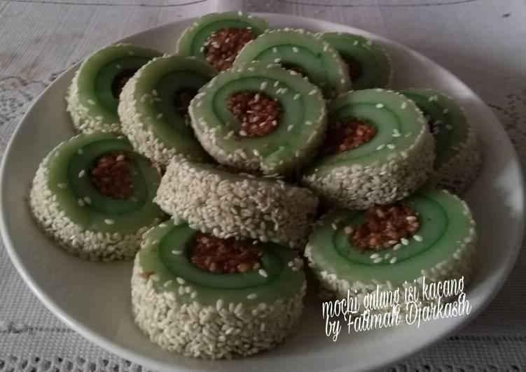 Mochi Gulung Isi Kacang