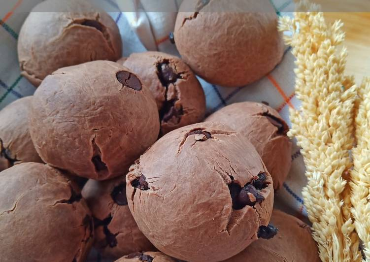 Chocolate Mochi Bun