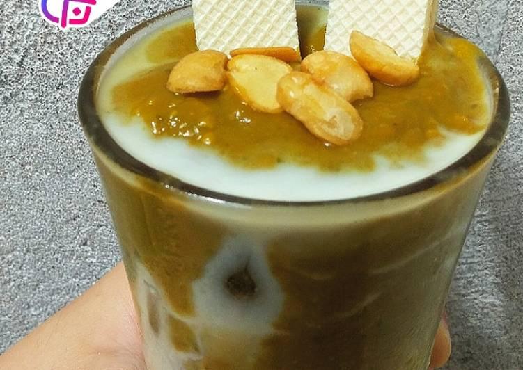Resep mengolah Dalgado coffee (dalgona avocado coffee) yang bikin ketagihan