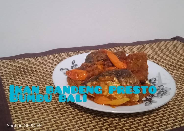 Cara membuat Ikan bandeng presto Semarang bumbu bali
