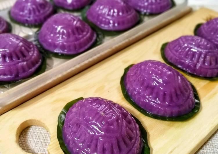 Kue Tok/ Purple Ang Ku Kueh