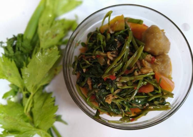 Resep: Oseng Kangkung simple yang menggugah selera