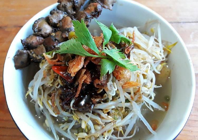 Resep mengolah Lontong Balap with Lento dan Sate Kerang ala resto