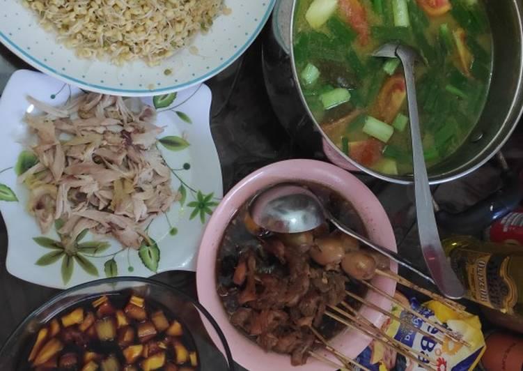 Cara Mudah membuat Soto ayam semarang beserta sate khas soto semarang yang menggugah selera