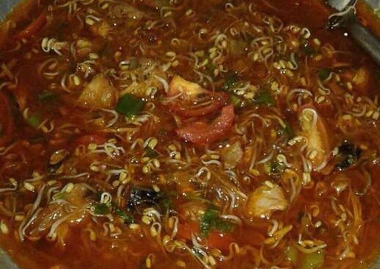 Resep memasak Soto ayam pemalang lezat