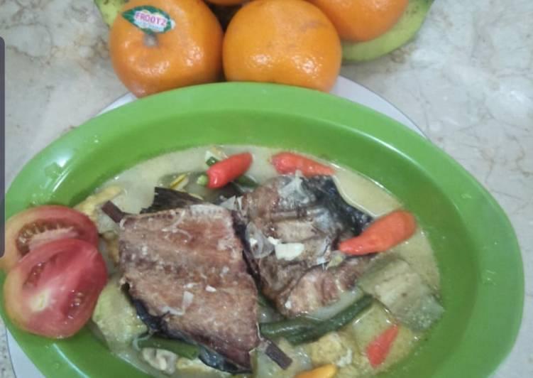 Cara memasak Sayur Mangut ikan manyung asap istimewa