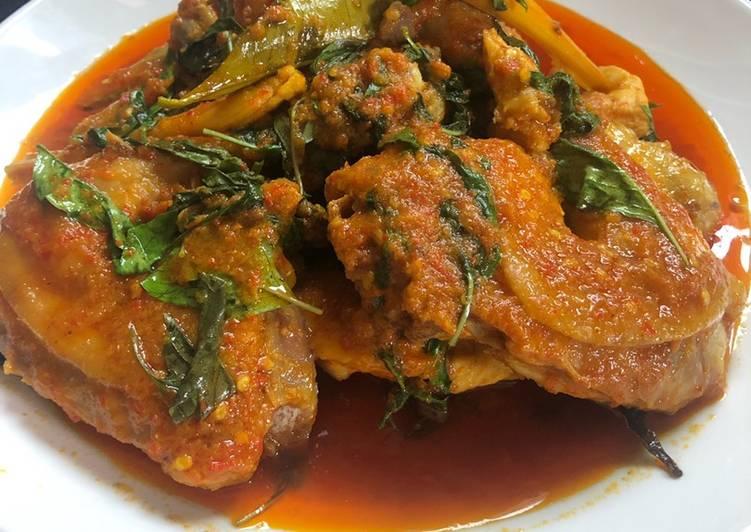 Cara Mudah memasak Rica - Rica Ayam Kampung yang menggugah selera
