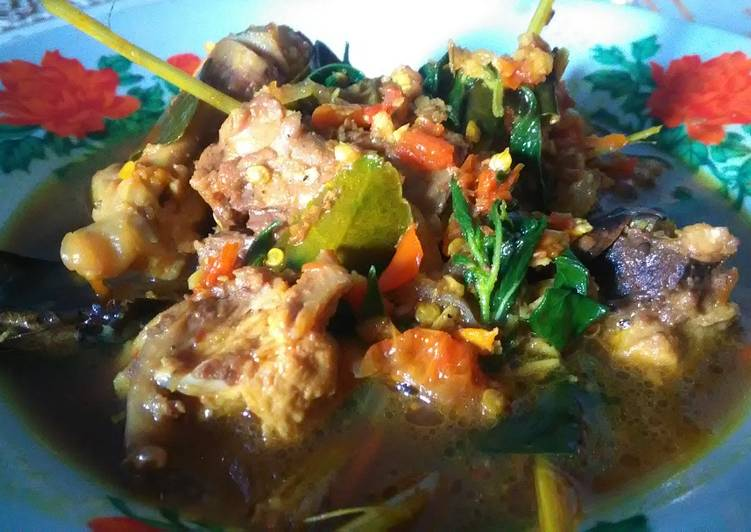 Resep membuat Rica - Rica Balungan Ayam Kemangi Non MSG yang bikin ketagihan
