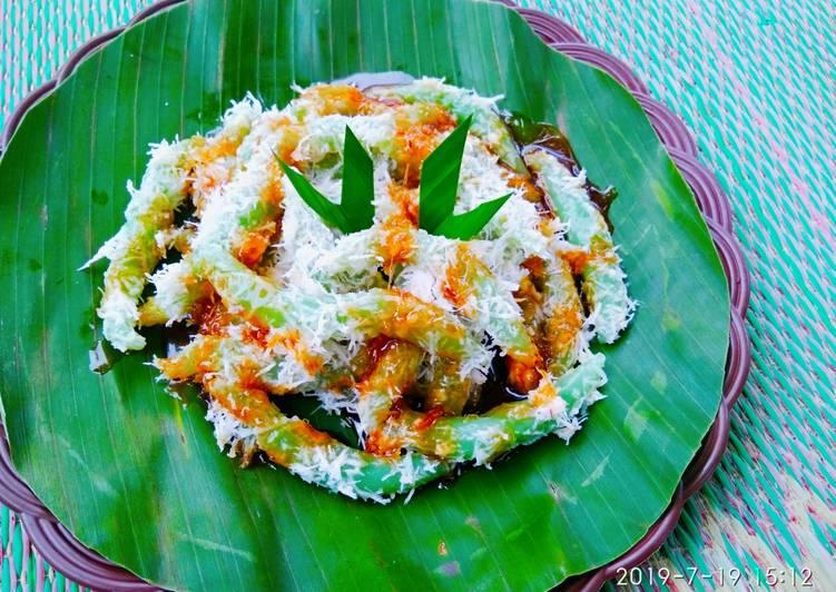 Resep memasak Cenil pandan saus gula merah lezat