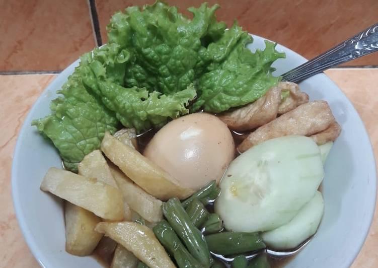 Resep: Salat solo sederhana yang menggugah selera