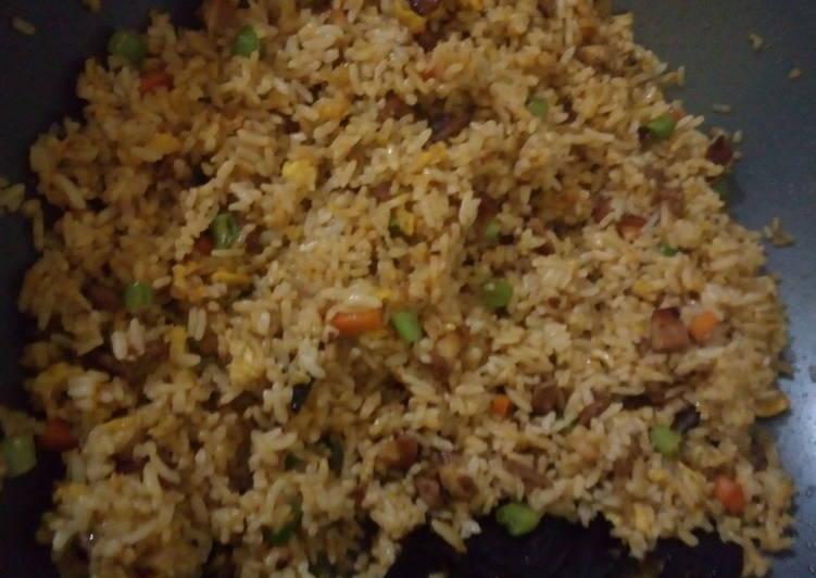 Resep: Nasgor Satay Buntel (Nasi goreng Sate Ayam Buncis Wortel) yang menggugah selera