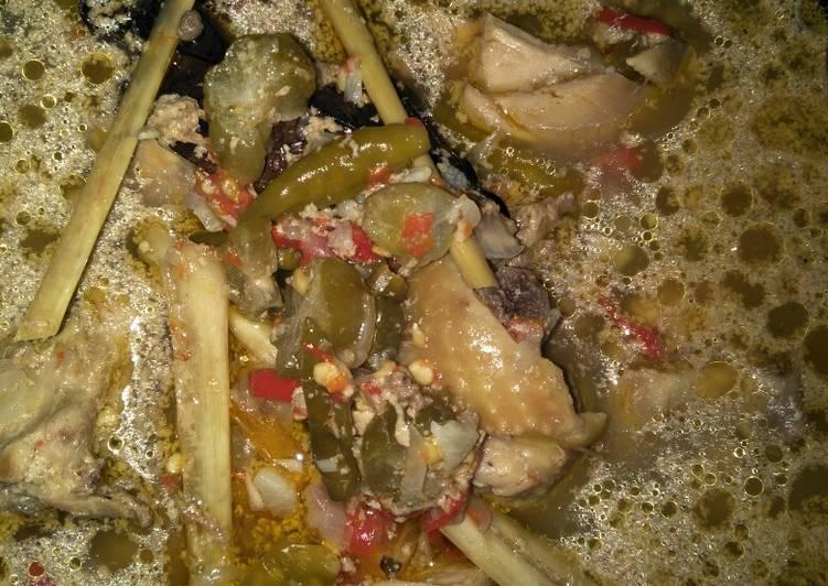 Resep membuat Garang asem sederhana rice cooker lezat