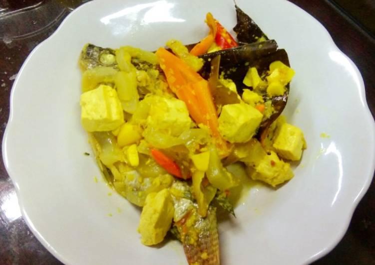 Resep membuat Nila dan tahu bumbu acar kuning ala diet kenyang ala resto