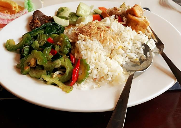Resep memasak Oseng pare pedas,tumis tahu toge+acar sederhana lezat
