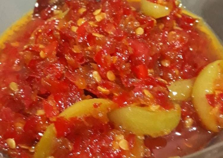 Resep: Sambal ayam pop versi merah ala resto