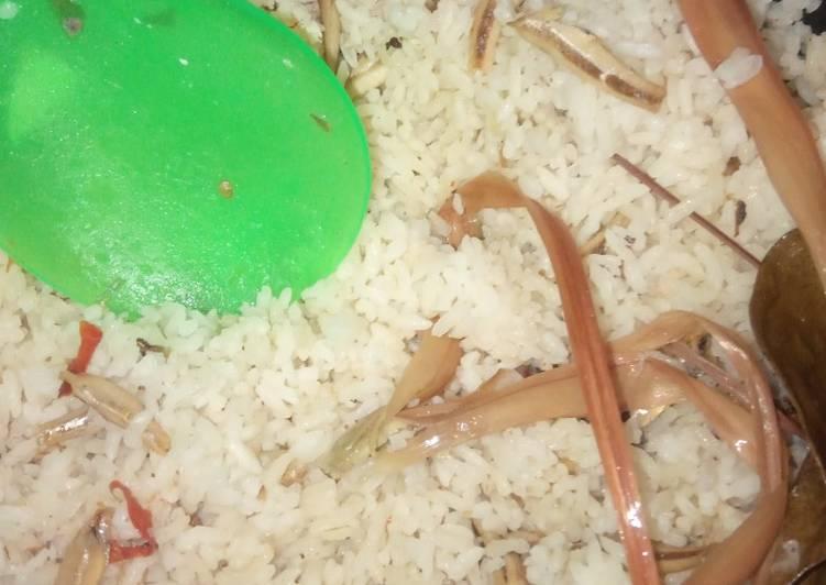Resep: Nasi liwet magic com yang bikin ketagihan