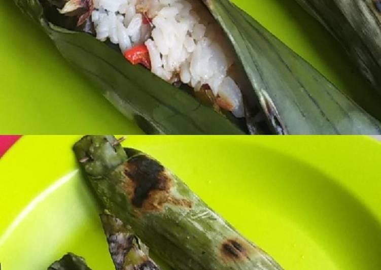 Cara membuat Nasi liwet bakar simpel (nasi sisa semalam)