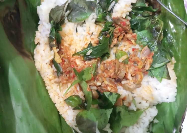 Cara membuat Nasi liwet bakar yang bikin ketagihan