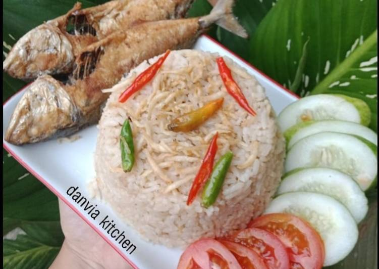 Resep: Nasi Liwet RiceCooker yang menggugah selera
