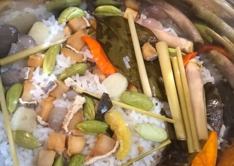 Resep: Nasi liwet rice cooker yang menggugah selera