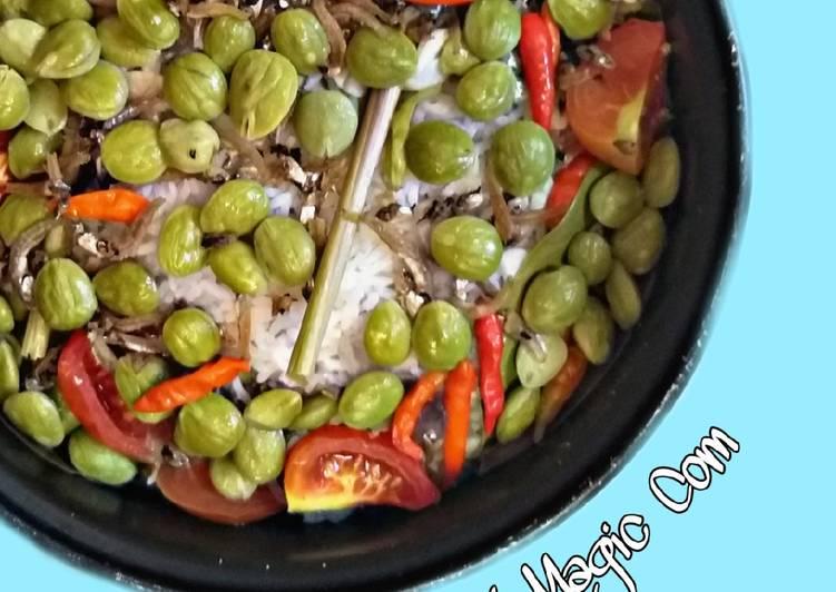 Cara memasak Nasi Liwet Magicom yang bikin ketagihan