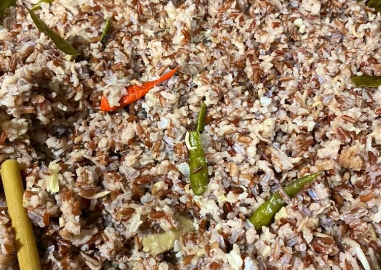 Cara Mudah mengolah Nasi liwet beras merah enak