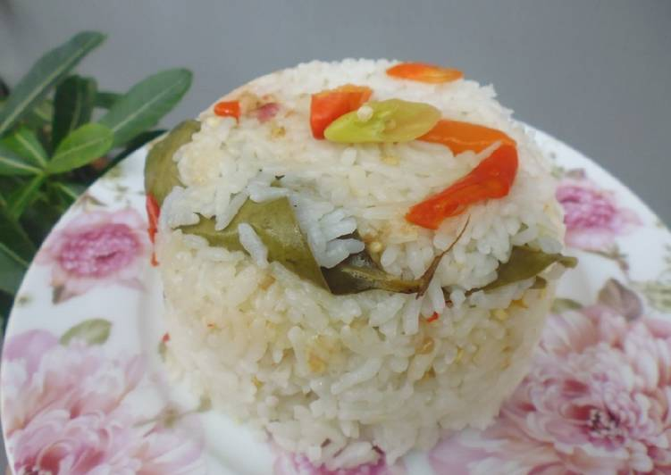 Resep mengolah Nasi Liwet Ricecooker yang menggugah selera