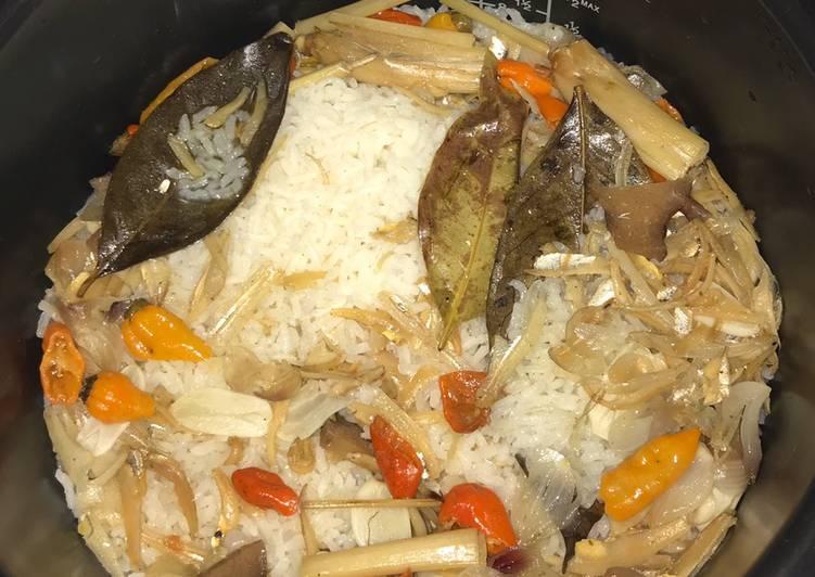 Resep: Nasi Liwet Ikan Teri yang bikin ketagihan