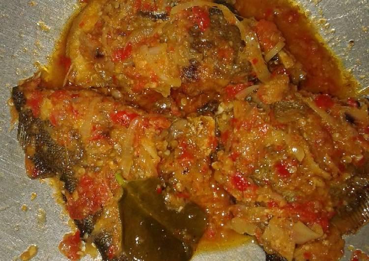Resep: Ikan Bawal Goreng Balado yang menggugah selera
