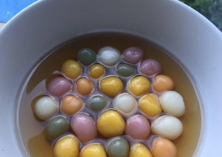 Resep: Wedang ronde pewarna alami (kuning labu pumpkin, pink bit,hijau spirunila, orange ubi merah) enak