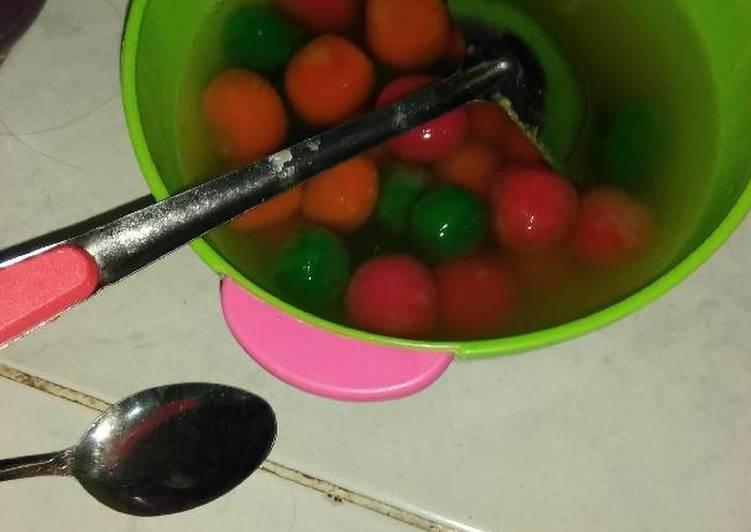 Cara membuat Wedang ronde warna yang menggugah selera