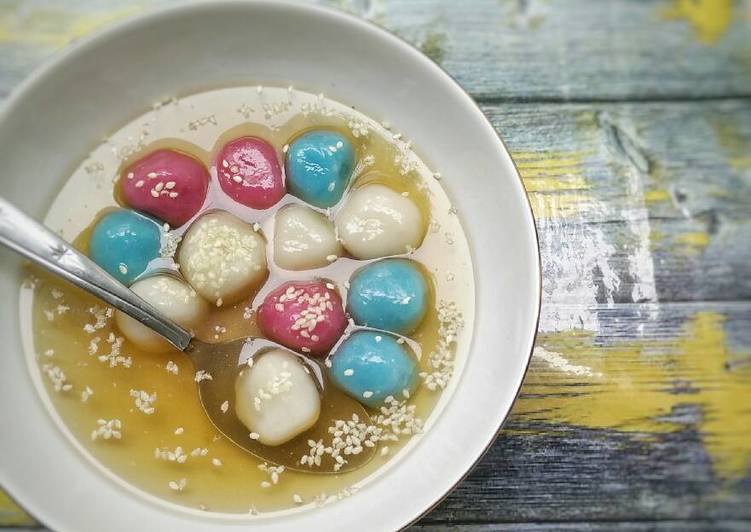 Cara memasak Tang yuan kuah jahe (wedang ronde) yang menggugah selera