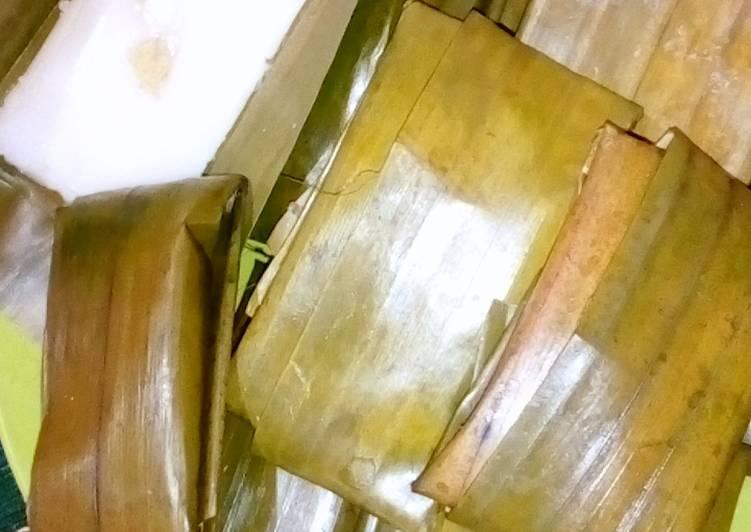 Resep membuat Kue nagasari pisang yang bikin ketagihan