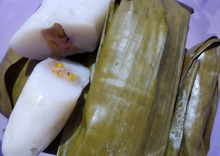 Resep mengolah Nagasari tepung beras lezat
