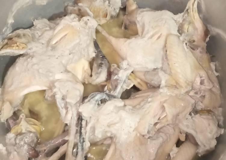 Resep: Ingkung ayam yang menggugah selera