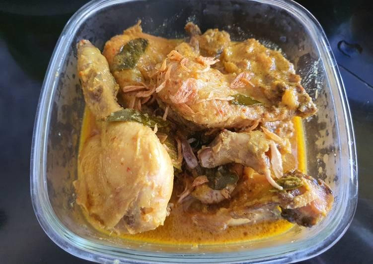 Cara mengolah Ayam ingkung (opor) enak