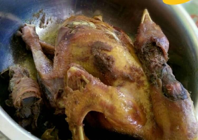 Resep mengolah Ayam Jawa/ Ingkung Panggang Bumbu Jawa yang menggugah selera