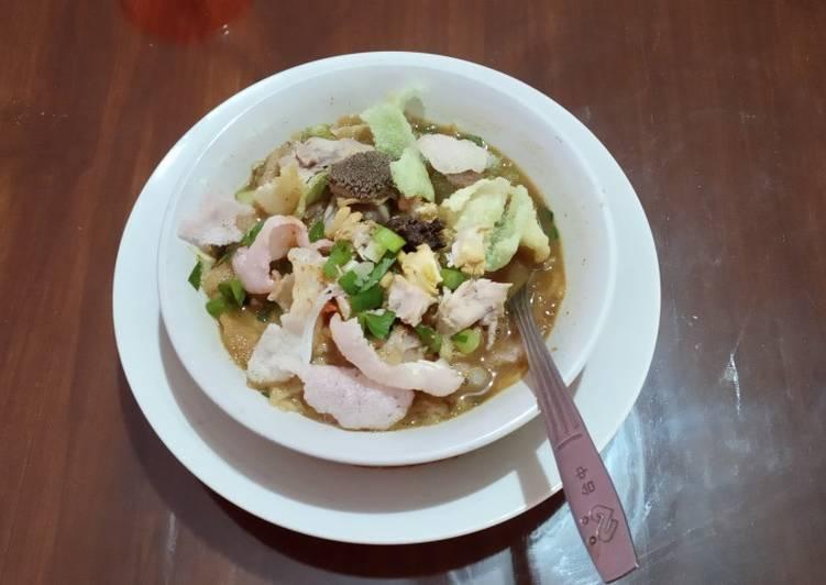 Resep memasak Soto Sokaraja ala resto