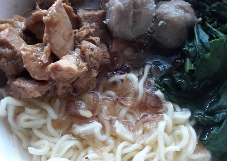 Cara mengolah Mie Ayam Bakso (mi ayam jogja) enak