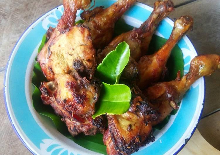 Resep: Ayam Goreng Bacem Kuning yang bikin ketagihan