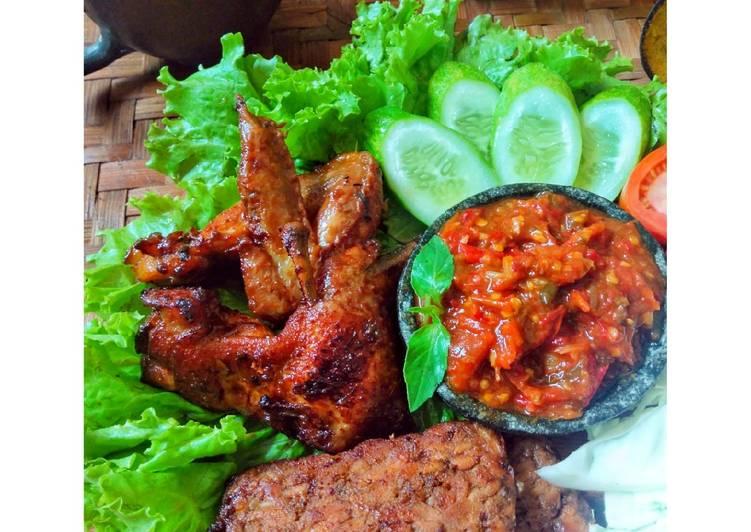 Cara membuat Ayam kalasan yang menggugah selera