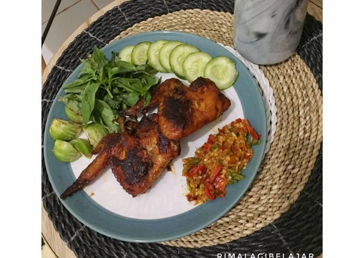 Cara Mudah memasak Ayam bakar kalasan #RecookBundaEi yang menggugah selera