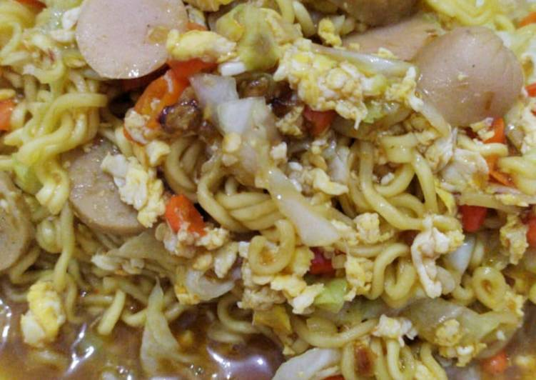 Resep memasak Mie Godok Goreng Ranjau 🍜 yang menggugah selera