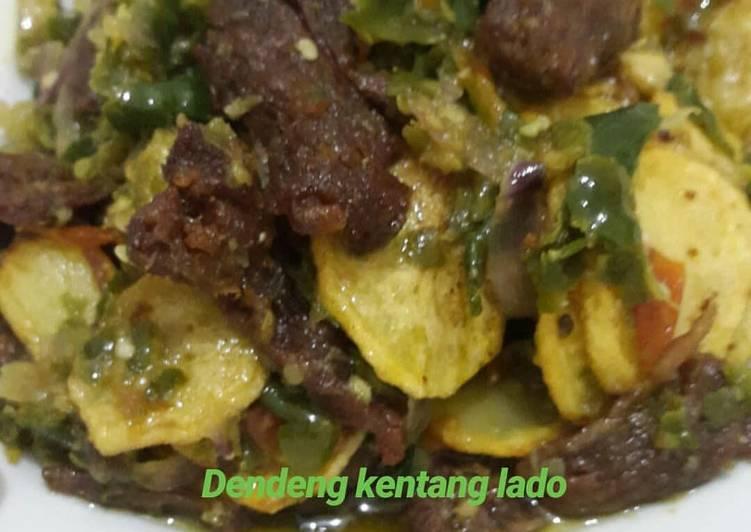 Cara membuat Dendeng batokok + kentang cabe hijau yang bikin ketagihan
