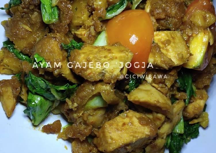 Ayam Gajebo (depan UII Jogja)