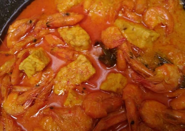 Cara Mudah memasak Gule Udang yang bikin ketagihan